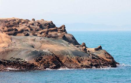 """自然志:野柳岬奇岩—台湾神奇的""""天然雕像"""""""