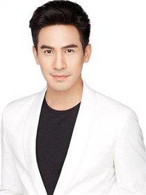 Ramin(Pope Thanawat 饰)