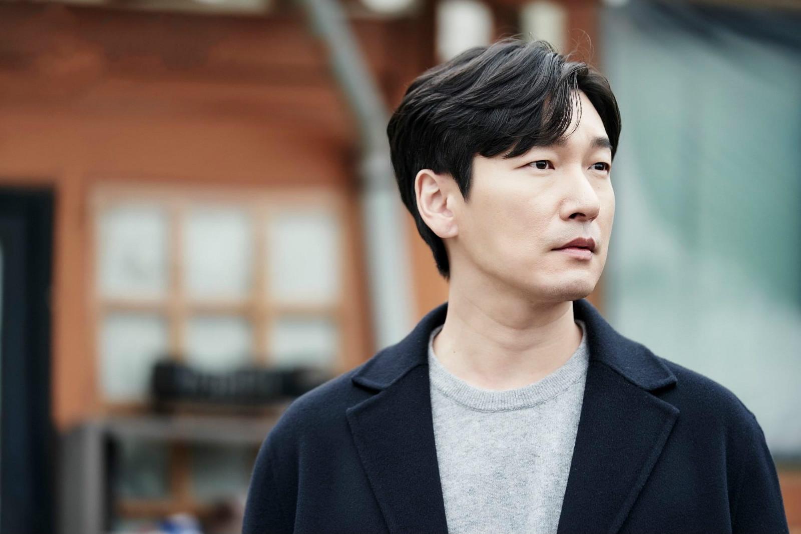 《秘密森林2》首播,曹承佑裴斗娜再合作,悬疑跌宕首集9.4分